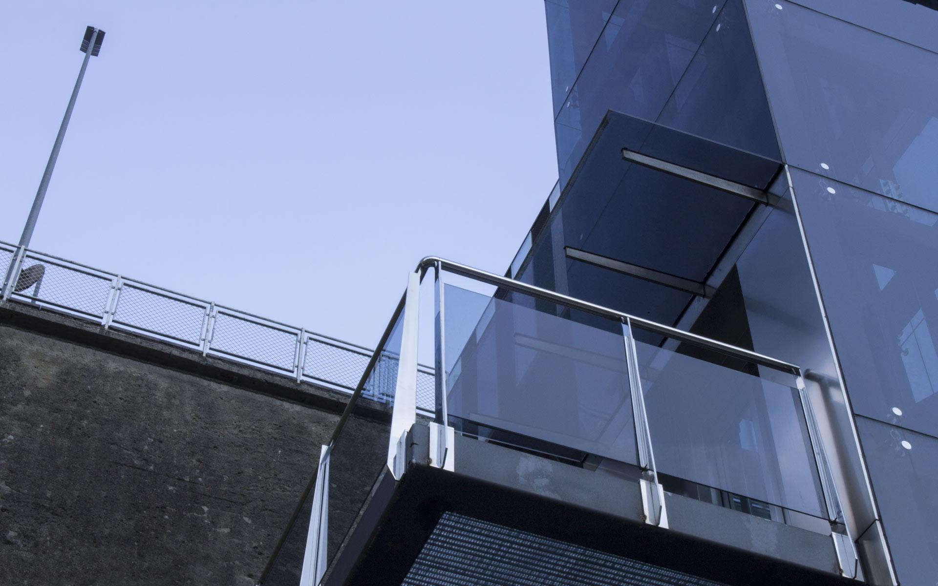 uxama-slider-portafolio-ascensor-urbano-eibar-cruz-2
