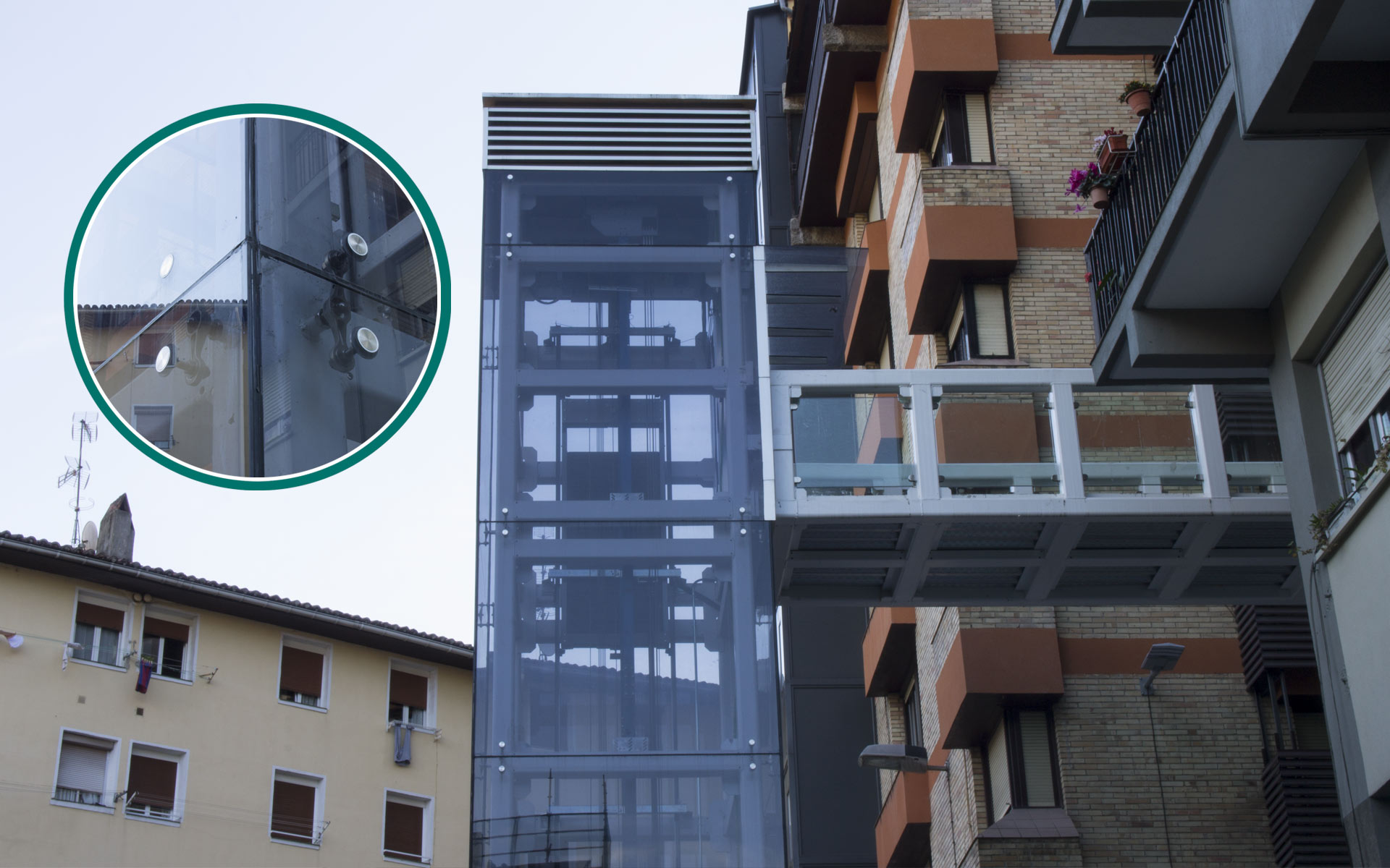 uxama-slider-portafolio-ascensor-urbano-eibar-3
